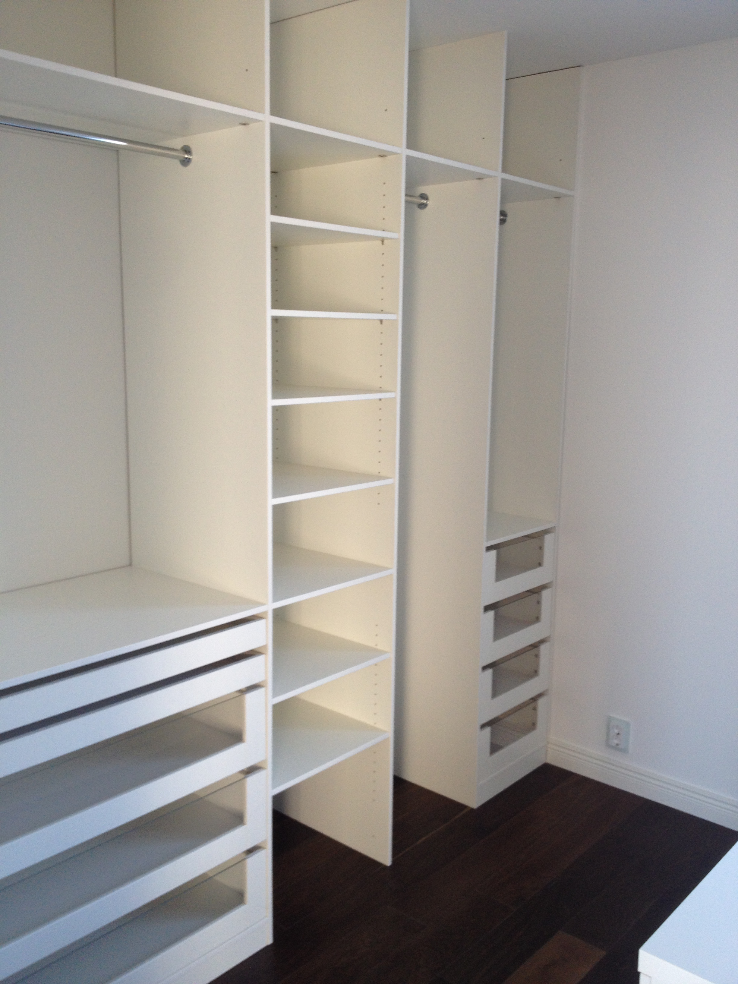 photo california gllry in slab walk closet by designs doors white closets ideas classic walkin stylist